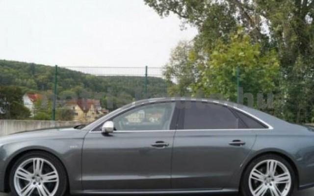 AUDI S8 személygépkocsi - 3993cm3 Benzin 55243 2/7