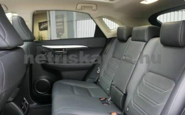 LEXUS NX 300 személygépkocsi - 2494cm3 Hybrid 110675 10/12