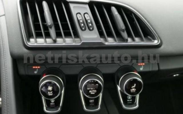 R8 személygépkocsi - 5204cm3 Benzin 104863 6/10